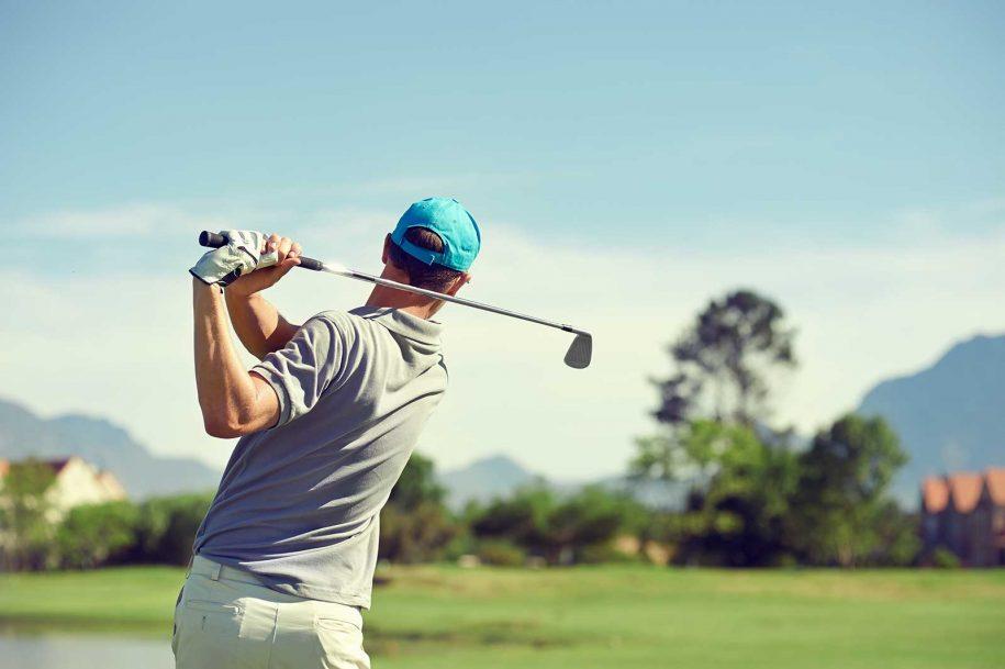 professional golfer swing